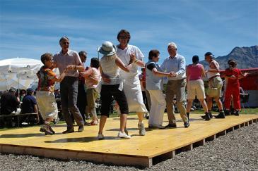 2Unsere Veranstaltungen: Z.B. das Casselfest, der Herbstbrunch oder das Kinderfest der Murmeltiere